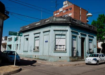 Espectacular Casa A Media Cuadra De Plaza Libertad
