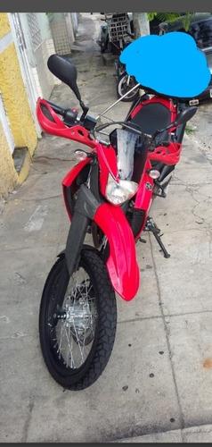 Yamara Xt 660