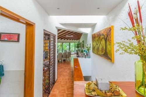 Casa En Fraccionamiento En Palmira Tinguindin / Cuernavaca - M2ai-10-fr