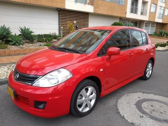 Nissan Tiida Tiida Hb 1,8 2012