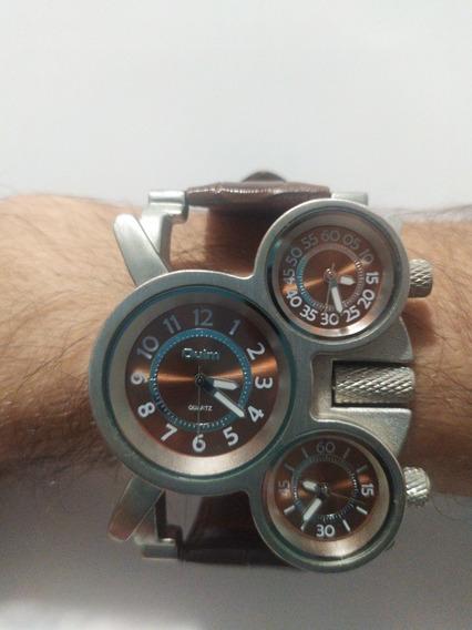 Relógio Oulm - Visor Triplo - Mickey 1167