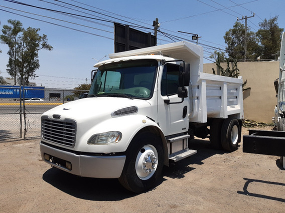 Volteo 7 Mts Freightliner M2 Modelo 2005