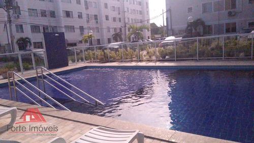 Apartamento Com 2 Dormitórios  No Condomínio Parque Roma - Ap0297