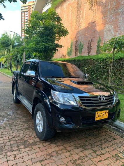 Camioneta Toyota Hilux Vigo 3.0, Diesel, 4x4, At.