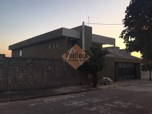 Casa Assobradada Em Jundiaí, 330 M², 04 Suítes, 05 Vagas, R$ 920.000,00 - 2163