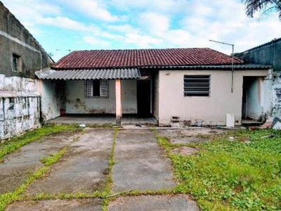 Casa No Jardim Corumbá, 1 Dormitórios, Em Itanhaém-sp