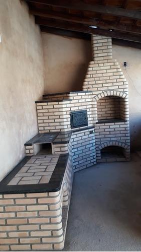 Imagem 1 de 5 de Mão De Obra Especializada.construção De Churrasqueira Fornos
