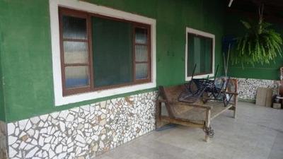 Casa Com Piscina E 2 Quartos Na Praia De Itanhaém.
