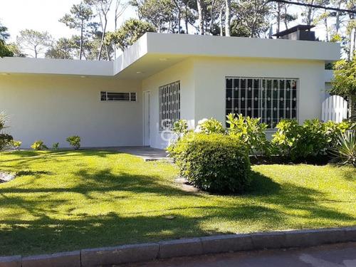 Casa En San Rafael, Buena Construcción- Ref: 24311