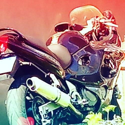 Imagem 1 de 8 de Suzuki Gsx750f