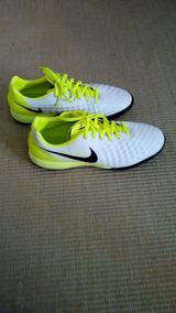 Chuteira Society Nike Mercurial Magistax 38