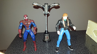 Muñecos Spiderman Y Peter Parker - Toy Biz - Envios