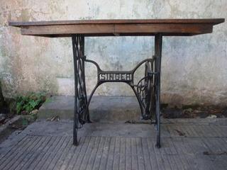 Antigua Mesa Reciclada