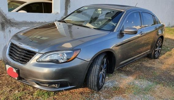 Chrysler 200 3.6 S V6 At 2012
