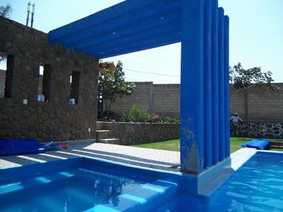 Residencia Con Alberca Y Jardín