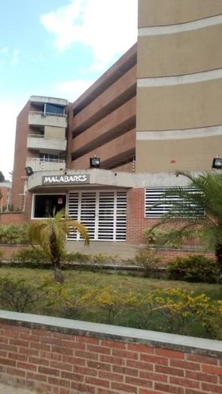 Apartamento En Alquiler Al Norte Del Hatillo