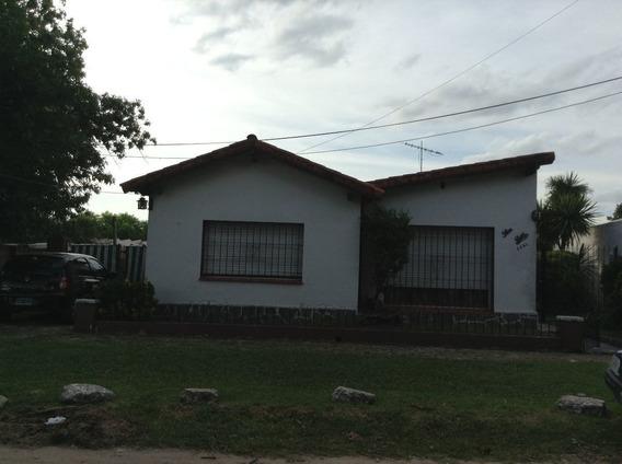 Excelente Chalet Con 4 Dormitorios En Venta En Ituzaingo