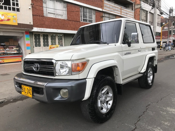 Toyota Land Cruiser Monja 4000cc Mt