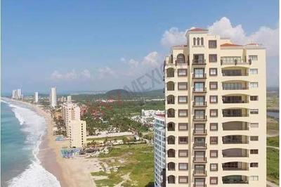 Las Gavias Grand 2411 Penthouse