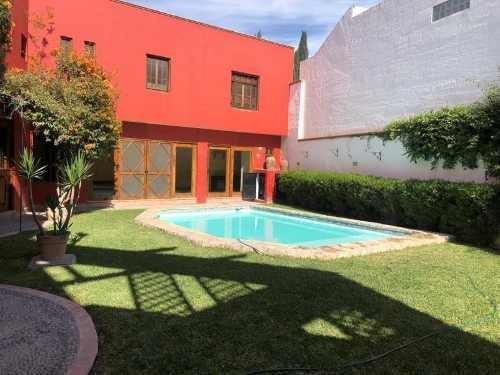 Casa En Venta En Rincón San Ángel