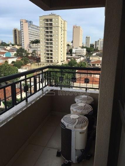 Venda De Apartamentos / Padrão Na Cidade De Araraquara 7635