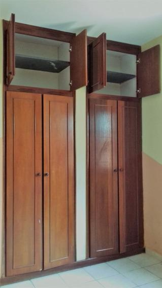 Casa 3 Dormitórios Próximo Ao Hospital Ceam, Bairro Varginha - 650