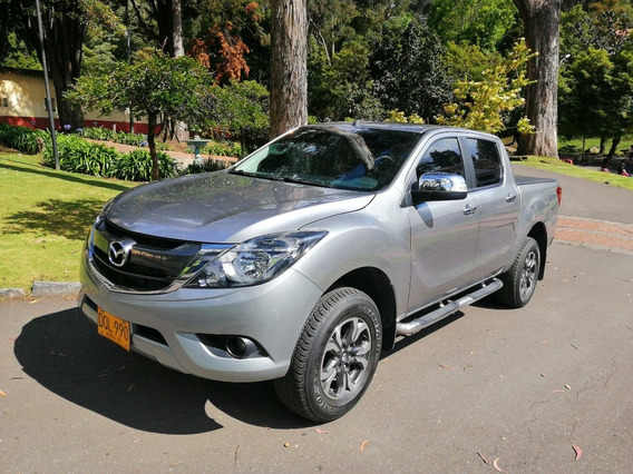 Mazda Bt-50 4*4 Profesional All New Diesel