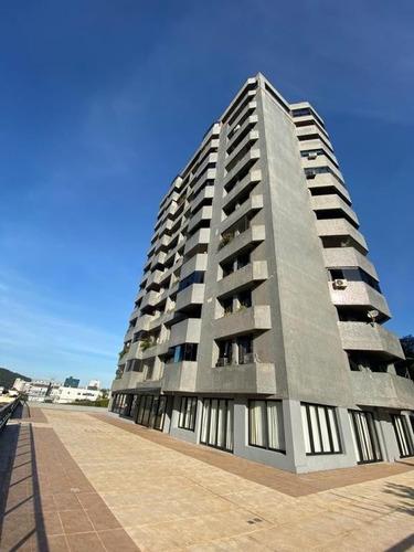 Apartamento No Glória Com 3 Quartos Para Venda, 169 M² - Ka1206