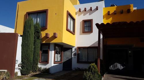 Imagen 1 de 7 de Amplia Casa En Fraccionamiento Sendero De Los Pinos Pachuca Hidalgo, 68390