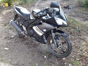 Yamaha R15 Financio