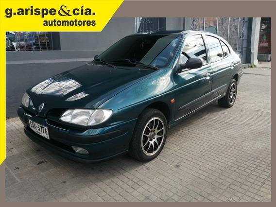 Renault Megane 1998 2.0 Rxe