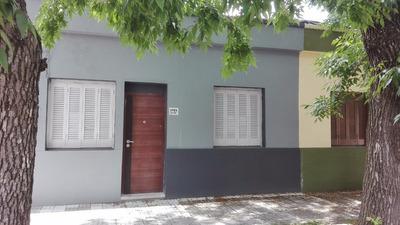 Se Alquila Casa En El Prado.