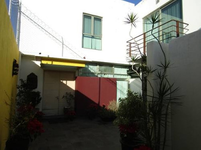 Casa En Colonia Country Club | Renta Y Venta