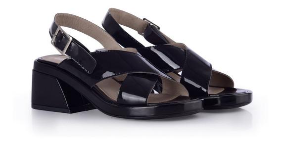 Sandalias Cruzadas Taco Ancho Negro