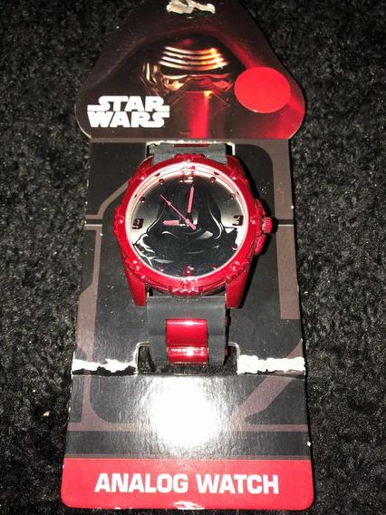 Reloj Análogo Star Wars Kylo Ren