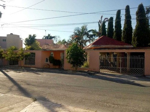 Sale Of House With Ample Land Col. Maya