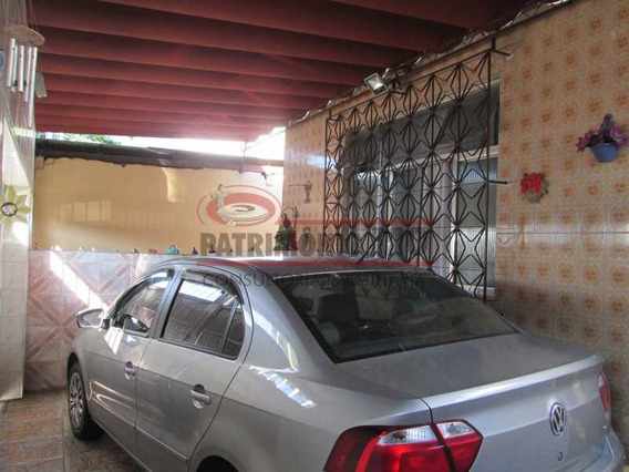 Excelente Casa Frente De Rua Para Família Grande. - Paca20419
