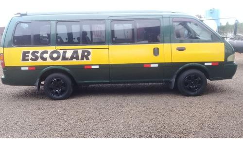 Micro-ônibus Kia Ano 2000/ Batatais Caminhões