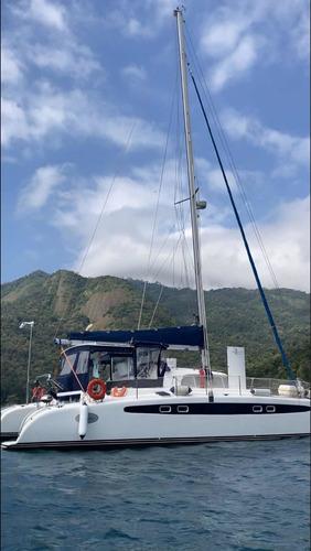 Imagem 1 de 15 de Catamaran Dolphin 46' (oportunidade)