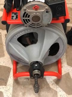 Maquina Para Destapar Cañerías Ridgid K400 Con Guaya