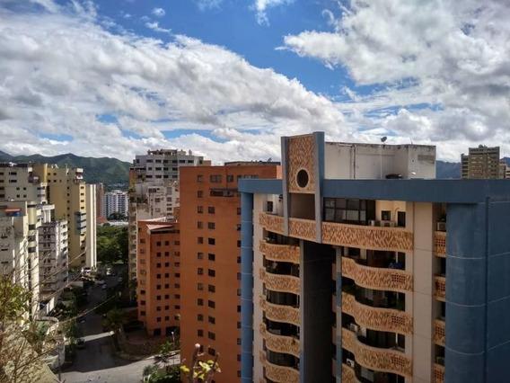 Apartamento En Alquiler Mazzeinmuebles 04144871905