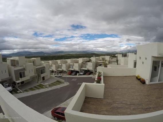 Casa En Renta Queretano Zibata 202339 Jl