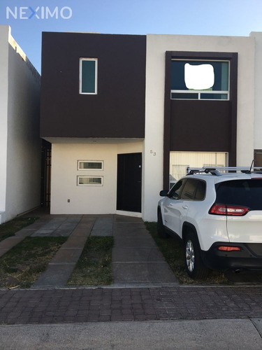Imagen 1 de 12 de Venta De Casa En El Mirador Queretaro