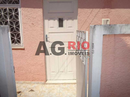 Casa De Rua-locação-bangu-rio De Janeiro - Vv3499