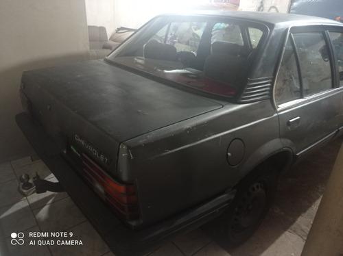 Imagem 1 de 7 de Chevrolet Monza 1988