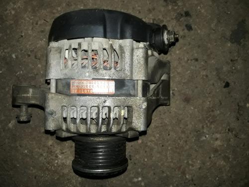 Imagen 1 de 6 de Alternador De Toyota Hilux 2.5 Y 3.0 (original Denso)