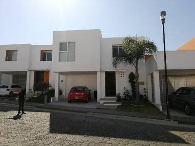 Renta Casa En Parque De La Plata Muy Cerca De Sonata.