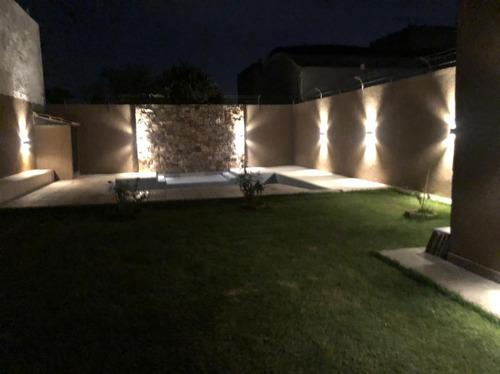Casa Automatizada Ciudad De Mendoza. 4ta Oeste U$s 395.000.-