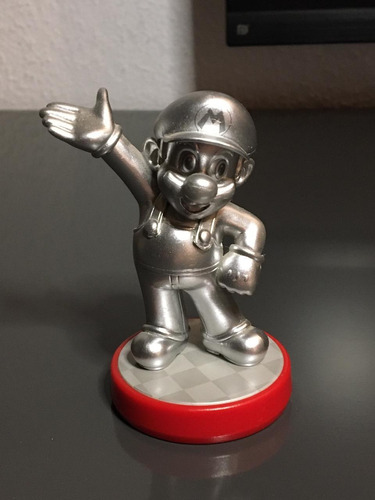 Imagen 1 de 2 de Amiibo Súper Mario Silver