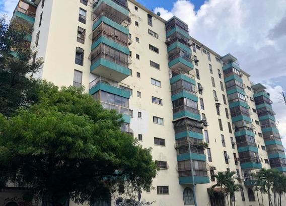 Apartamento En Venta J. Alvarado Codigo 20-6230